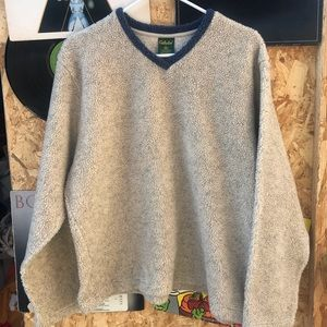 Cabelas sweater
